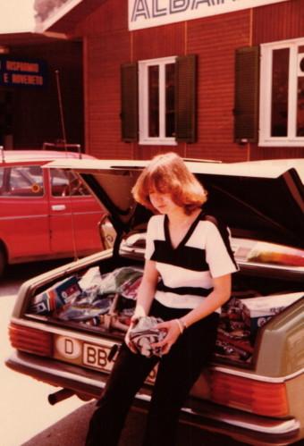 Renate und der volle Kofferraum 1979